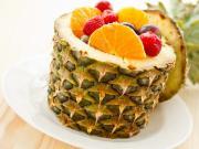Ananas İçinde Meyve Salatası Yapbozu Oyna
