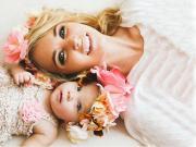 Anne ve Kızı Yapbozu Oyna