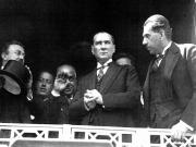 Atatürk Kurmayları'ndan Bilgi Alırken Yapbozu Oyna