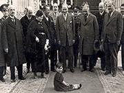Atatürk ve Çocuklar Yapbozu Oyna