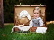 Bavul Tavşan ve Çocuk Yapbozu Oyna