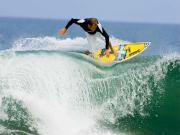 Dalgadaki Sörfçü Yapbozu Oyna