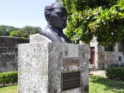 Del Puerto Caddesi-Atatürk Heykeli Yapbozu Oyna