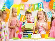 Doğum Günü Çocuğu Yapbozu Oyna