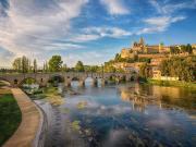 Eski Bir Şehir ve Köprü Yapbozu Oyna