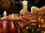 Gece Işıldayan Venedik Yapbozu Oyna