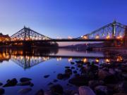 Gece ve Demir Köprü Yapbozu Oyna