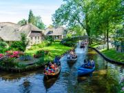 Giethoorn Köyü-Hollanda Yapbozu Oyna