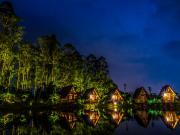 Göl ve Işık Yansıması Yapbozu Oyna