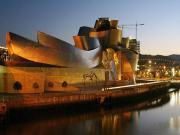 Guggenheim Müzesi-Bilbao-İspanya Yapbozu Oyna