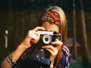 Kadın Fotoğrafçı Yapbozu Oyna
