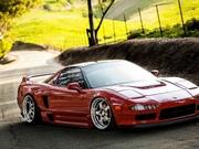 Kırmızı Acura Oyna
