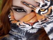 Leopar Makyaj Sanatı Yapbozu Oyna