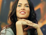 Megan Fox Puzzle Oyna