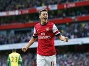 Mesut Özil Arsenal Yapbozu Oyna