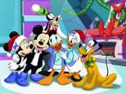Mickey Mouse Karakterleri Yapbozu Oyna