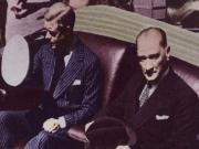 Mustafa Kemal Atatürk ve Kral Edward IV Yapbozu Oyna