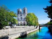 Notre Dame Katedrali-Paris Yapbozu Oyna