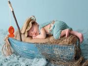 Sandaldaki Bebek Yapbozu Oyna