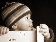 Sandalyede Dil Çıkaran Bebek Yapbozu