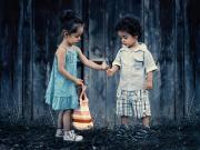 Sevimli Kardeşler Yapbozu Oyna