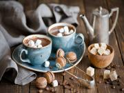 Sıcak Çikolata ve Makaron Yapbozu Oyna