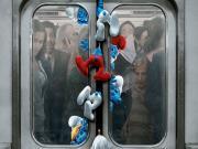 Şirinler Metroya Binerken Yapbozu Oyna
