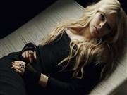 Siyah Avril Lavigne Yapboz